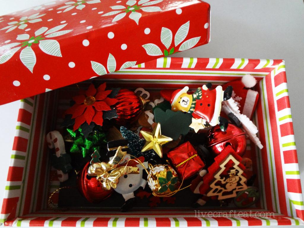 mini decorations for christmas calendar