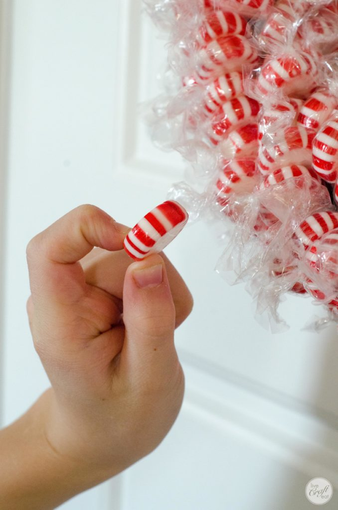 how to make an edible candy wreath