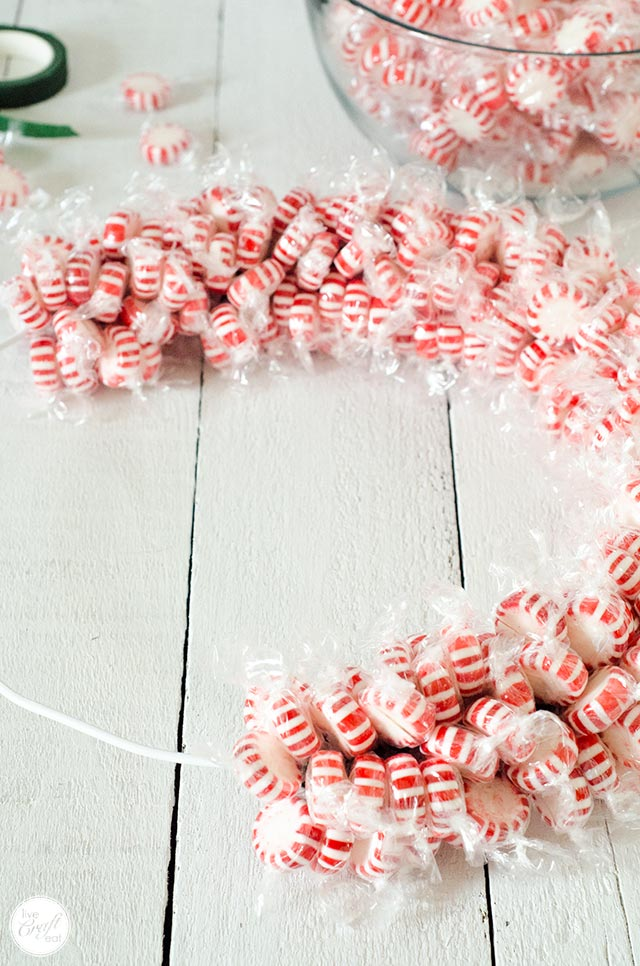 step by step tutorial :: how to make a candy wreath
