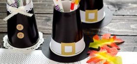 thanksgiving pilgrim hat and dress crayon/colored pencil cups!