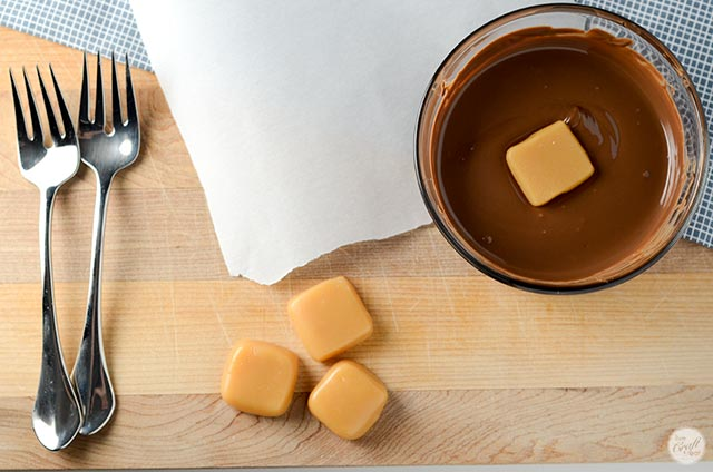 how to make chocolate covered caramels