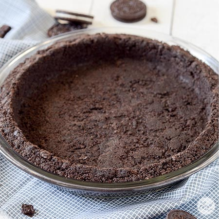 easy oreo cookie pie crust - only 2 ingredients!