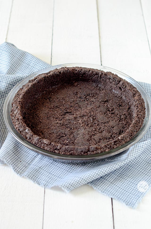 press out cookie crust into pie plate