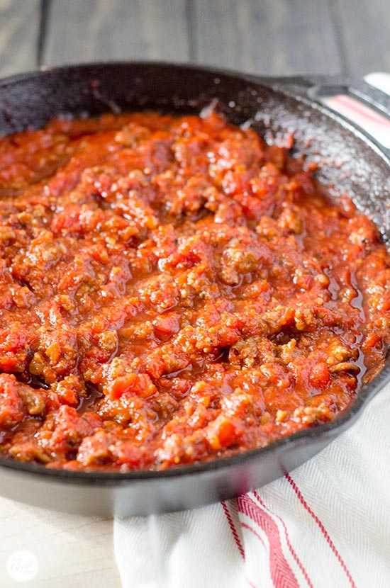 homemade tomato sauce with italian sausage